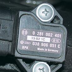 Motorraum-Etiketten